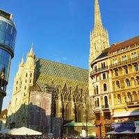 Снимок сделан в Stephansplatz пользователем Andreas Franz P. 8/30/2013