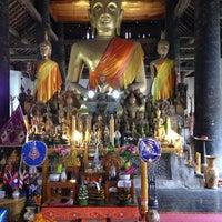 Photo taken at Wat Visuonnaradh by Chakrawut S. on 12/26/2013