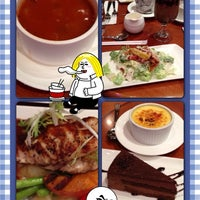 Photo taken at United Café Bistro 合一咖啡屋餐廳 by Carria A. on 12/29/2012