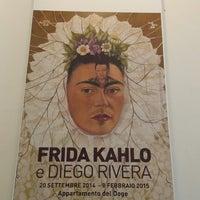 Photo taken at mostra Frida Kahlo by Melissa M. on 1/31/2015