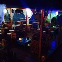 Photo taken at Dharma Lounge Bar by Deise Colaço K. on 8/29/2014