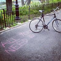 Foto scattata a Riverside Park - 91st Street Garden da Dmitry N. il 4/23/2013