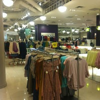 Photo taken at Forever 21 by Sílvia M. on 10/30/2012