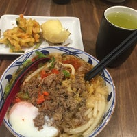 Photo taken at Marugame Udon by Ruby T. on 4/14/2017