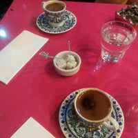 Photo taken at Yeşilyurt Kahve by Selin U. on 7/15/2014