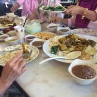 Photo taken at D'Arab Café by masturatoh u. on 8/31/2016
