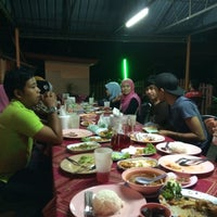 Photo taken at Repoh Seafood by محمد أ. on 7/12/2014