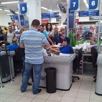 Photo taken at Перекресток by Kirill B. on 8/24/2014