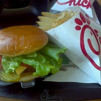 Photo taken at Chick-fil-A Doral by Susan C. on 5/9/2013