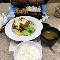 Photo taken at Sushi King by Ness on 4/11/2017