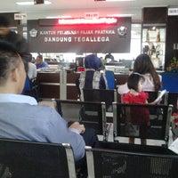 Photo taken at Kantor Pelayanan Pajak Pratama Bandung Tegallega by Agus M. on 3/24/2014