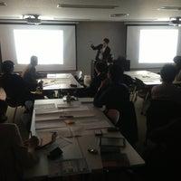 Photo taken at 新橋ビジネスフォーラム by Toshiyuki F. on 4/25/2013