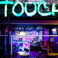 Foto tomada en Touch Bar por Ulises V. el 2/20/2014