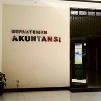 Photo taken at Fakultas Ekonomi dan Bisnis by Dannu S. on 7/26/2013