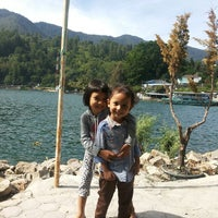 Photo taken at Pandu Hotel Lakeside Parapat by Rachman B. on 6/21/2014