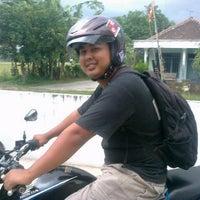 Photo taken at Pemancingan by Sendi E. on 4/16/2014
