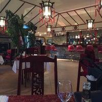 Photo taken at Dragonaro Restaurant by OzaN C. on 9/11/2016