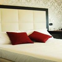 Foto scattata a Hotel La Torretta Milano da DayBreakHotels il 12/30/2013