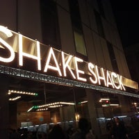 Photo taken at Shake Shack by Khee L. on 9/26/2012