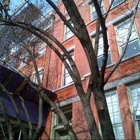 12/6/2012 tarihinde Valerie S.ziyaretçi tarafından Former Location of Edward Hopper's Studio (1913−1967)'de çekilen fotoğraf