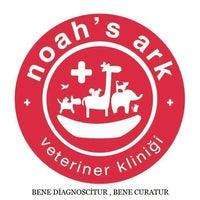1/12/2014 tarihinde Noah's Ark Veteriner Kliniğiziyaretçi tarafından Noah's Ark Veteriner Kliniği'de çekilen fotoğraf