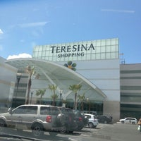 Foto tirada no(a) Teresina Shopping por James P. em 8/5/2013