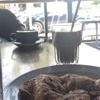 Foto tirada no(a) Vesta Coffee Roasters por Abdullah Kf em 8/10/2018