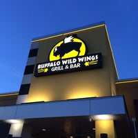 Photo taken at Buffalo Wild Wings by Abdullah Kf on 1/26/2014