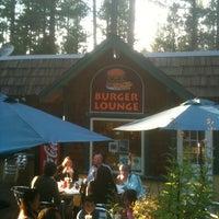 Photo taken at Burger Lounge by Robert L. on 8/8/2014