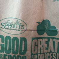 Photo taken at Sprouts Farmers Market by Tara D. on 11/21/2016