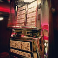 Photo taken at Silver Diner by Jason C. on 1/19/2013
