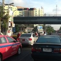 Photo taken at Prachanukun Intersection by บุญมา ก. on 3/24/2013