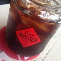 6/12/2014にGeovany D.がPizza Rusticaで撮った写真