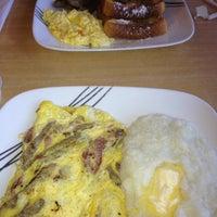 Das Foto wurde bei Cedar Park Cafe von Wayne W. am 11/12/2012 aufgenommen