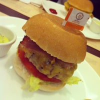 Photo taken at General Prime Burger by Arthur P. on 1/3/2013