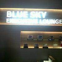 Photo taken at Executive Lounge Soekarno-Hatta International Airport by Dikha Irfan Abie on 3/27/2013