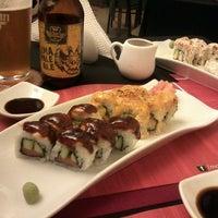 Photo taken at moshi moshi sushi by Cristina A. on 5/17/2014