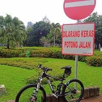 Photo taken at Di Suatu Tempat by Herry B. on 8/14/2016