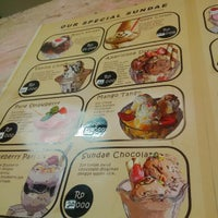 Photo taken at Blueberry Ice Cream by Chory A. on 9/21/2014