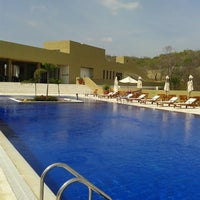 Photo taken at Hotel Waya Restaurant Piscina by Luis A. on 7/16/2014