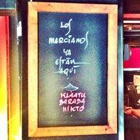 Photo taken at Moon Cafè by Xavi P. on 9/27/2012