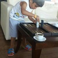 รูปภาพถ่ายที่ Ulu Resort Hotel Lobby Bar โดย 🌟Emine🌟 เมื่อ 8/9/2015