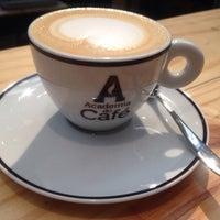 Foto tirada no(a) Academia do Café por || Diogo R. em 1/16/2015
