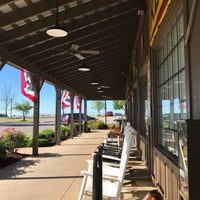 Photo taken at Cracker Barrel Old Country Store by Rai G. on 5/21/2017