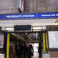 Photo taken at Moorgate Railway Station (MOG) by Gabriel A. on 4/10/2013