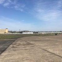 Das Foto wurde bei Tempelhofer Feld von Maik am 4/15/2018 aufgenommen