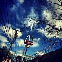 Photo taken at McDonald's by Antônio P. on 3/30/2013