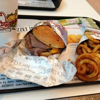 Photo taken at Arby's by Melike M. on 5/21/2013