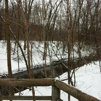 Photo taken at Parc-nature du Bois-de-liesse, Acceuil Pitfield by Robin H. on 2/5/2012