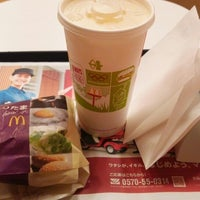 Photo taken at McDonald's by Masayoshi S. on 4/18/2015